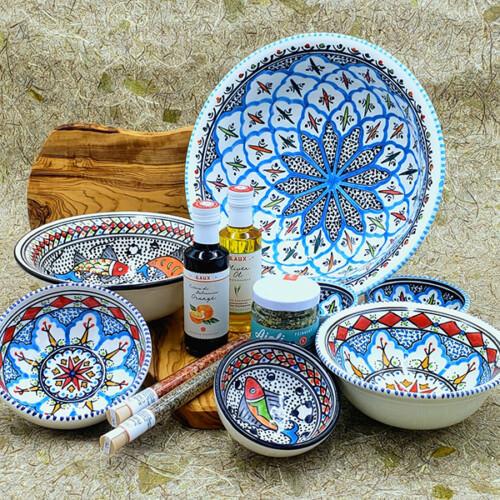 Porzellan und Keramik